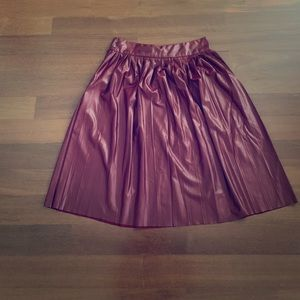 Zara XS Vegan Leather Pleated Knee Length Skirt